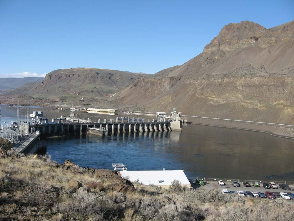 rock-island-dam-deformation-survey-photo