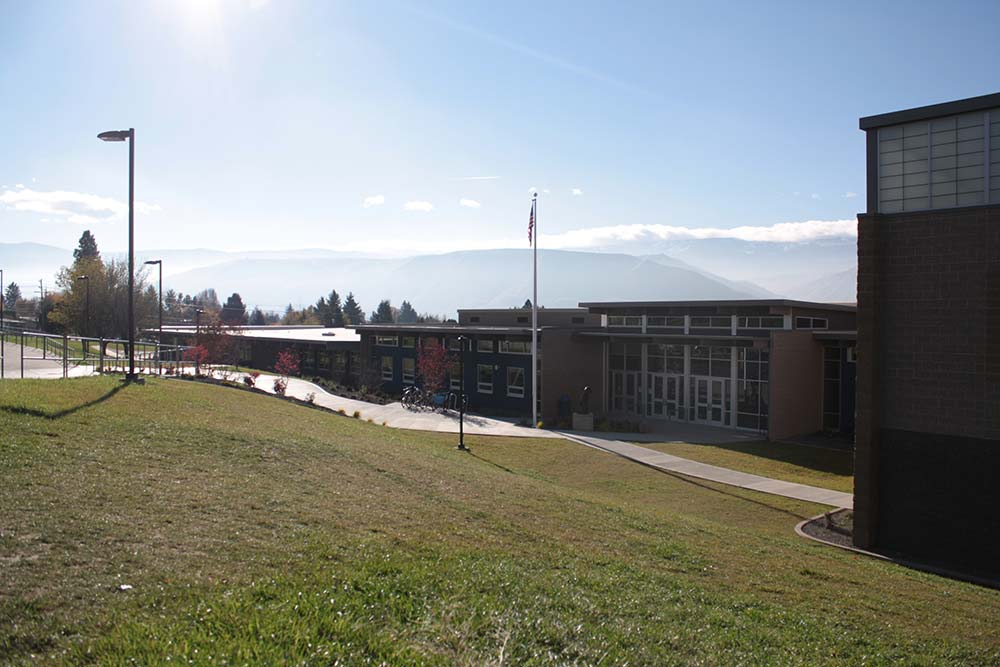 sterling-intermediate-school-photo-1